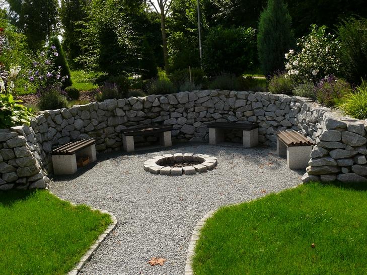 stones more dorfner natursteinhandel natursteine mauersteine. Black Bedroom Furniture Sets. Home Design Ideas